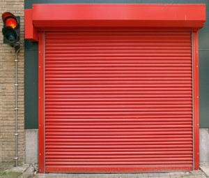 Parkeergaragedeur-staal-gesloten